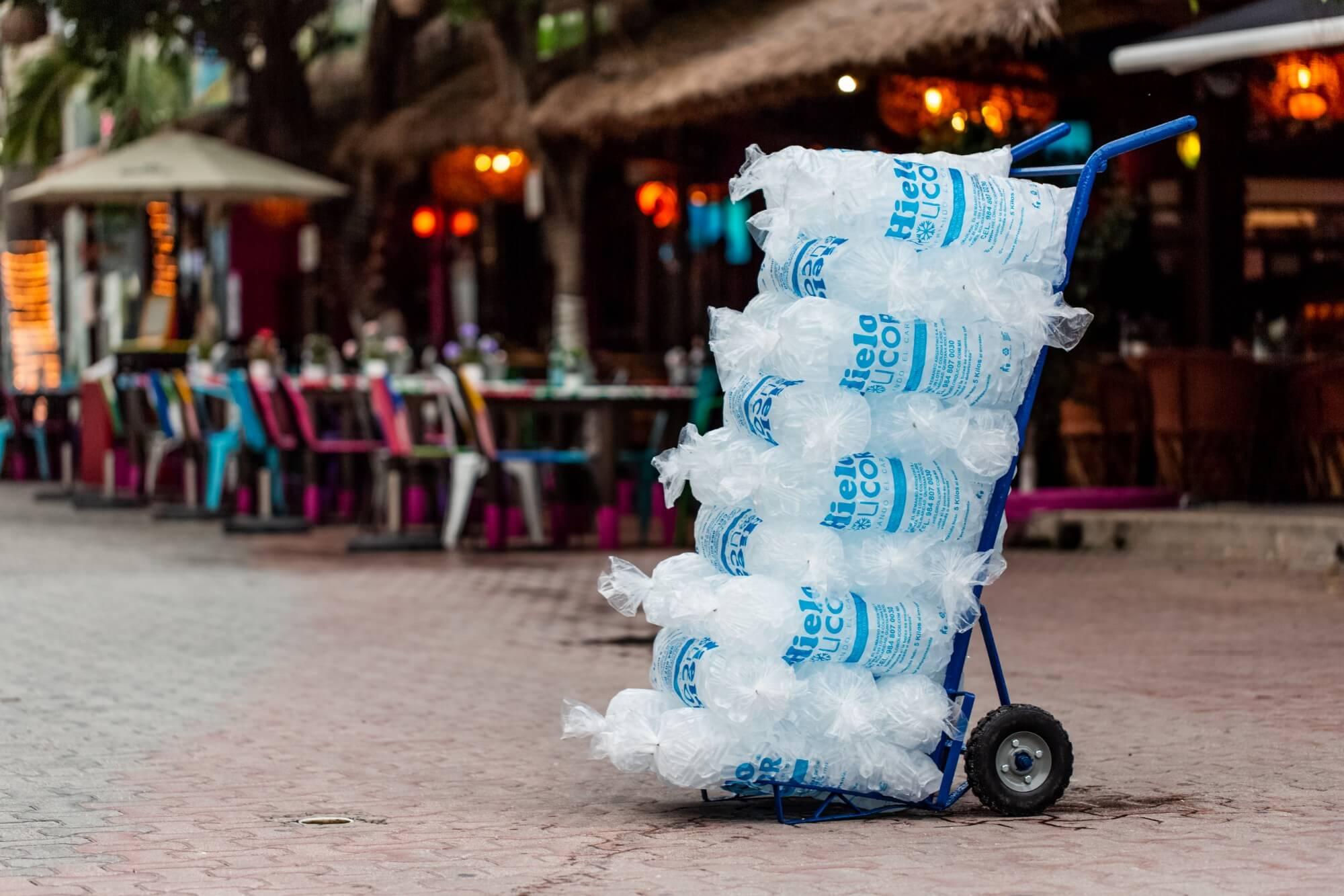 Hielo Rolicor - El hielo de la Riviera Maya